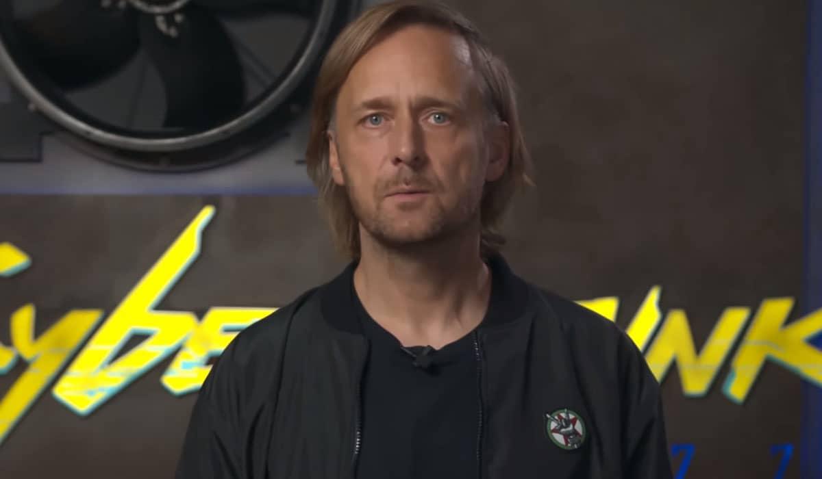 Marcin Iwiński, cofundador da CD Projekt Red, se desculpou com os usuários e prometeu esforço total para entregar melhorias nas versões do jogo para console