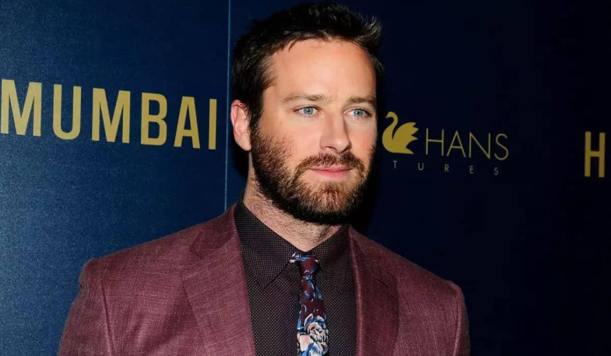 O ator afirma que pediu para deixar o elenco de Shotgun Wedding e que está sendo apoiado pela Lionsgate