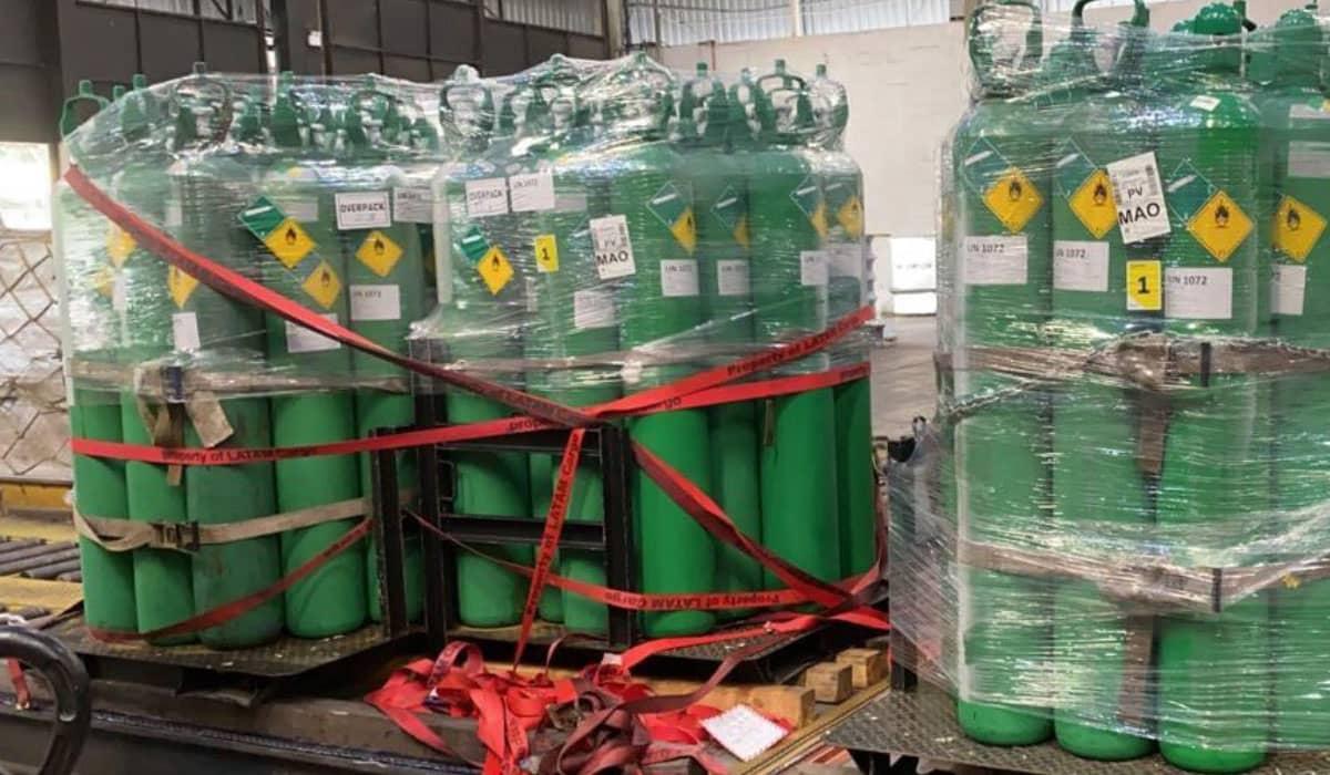 Centenas de cilindros com o insumo já foram adquiridos para serem enviados a Manaus