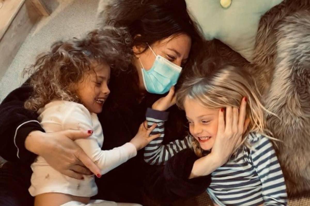 A atriz foi diagnosticada no fim de 2020 e somente agora está de volta à sua família.