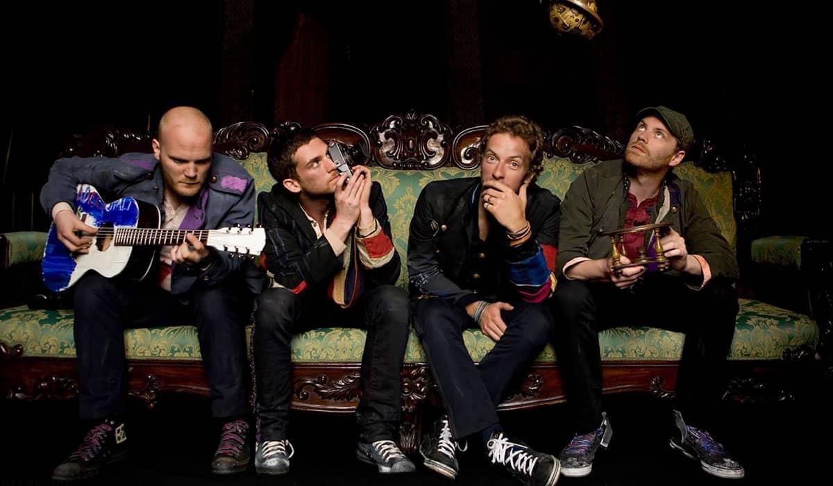 A banda britânica foi confirmada no festival após diversos rumores e apostas dos fãs