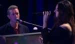 A apresentação ao vivo da colaboração aconteceu no programa Late Late Show da última segunda-feira (18)