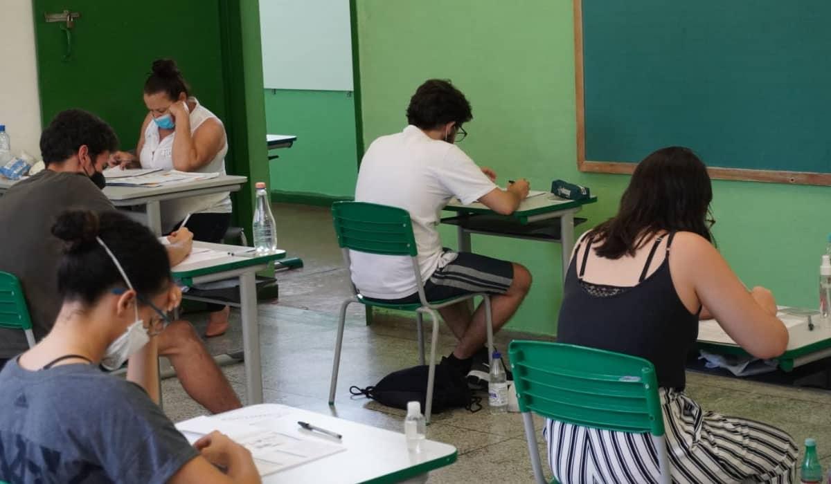 Milhares de candidatos continuam concorrendo às 7.630 vagas disponibilizadas pela Universidade Estadual Paulista