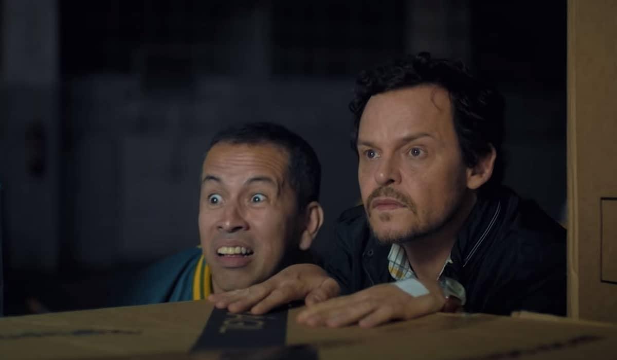 Edmilson Filho interpreta Bruceuilis e Matheus Nachtergaele dá vida a Trindade no novo filme brasileiro da Netflix