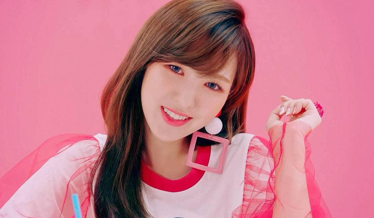 A SM Entertainment confirmou que a cantora está preparando um álbum solo para abril, mas não especificou uma data exata