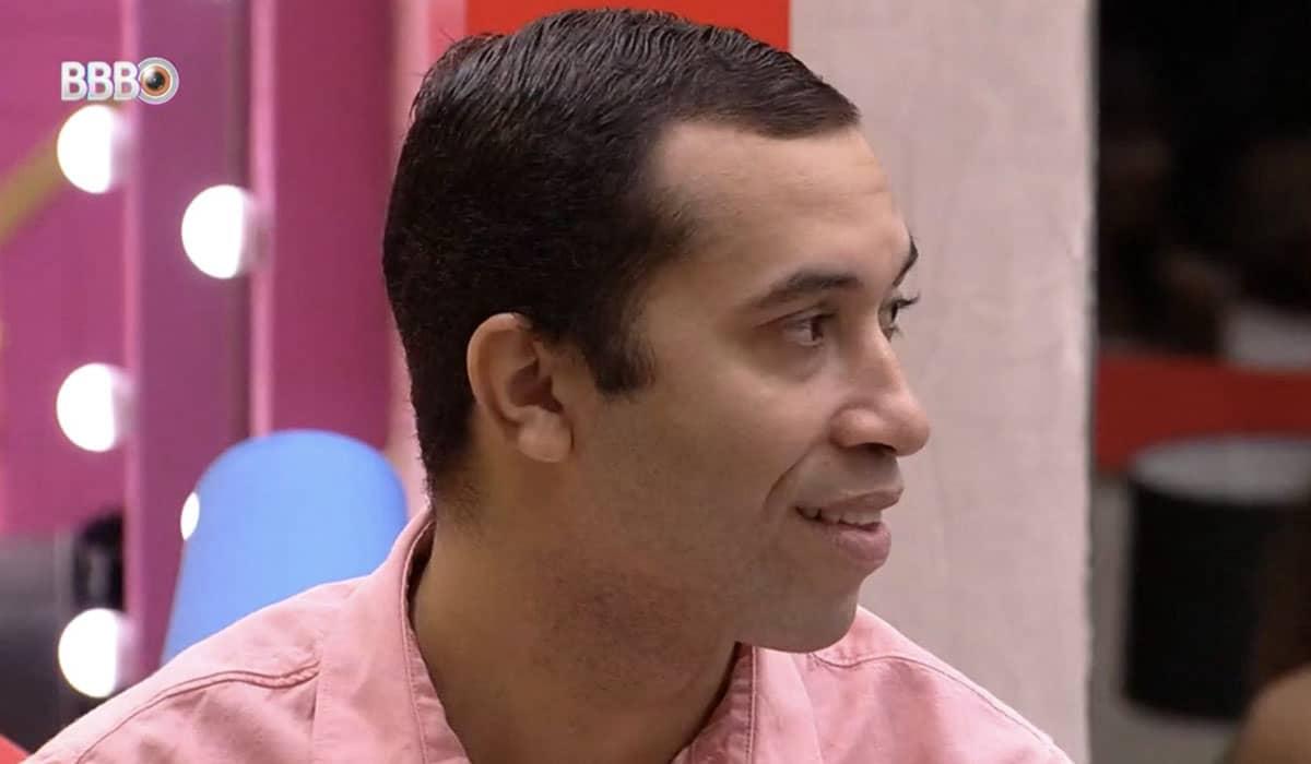 Além do resultado parcial da enquete, os internautas também mostram que Gilberto deverá escapar do Paredão contra Caio e Rodolffo