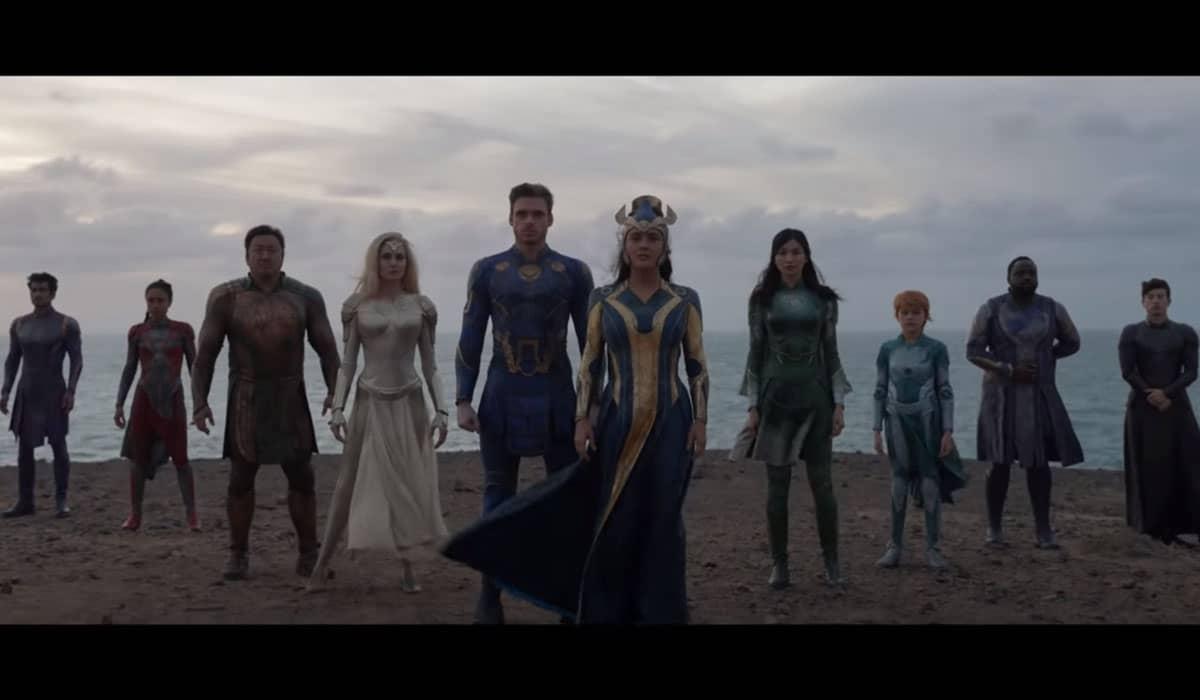 A direção de Chloé Zhao no novo filme da Marvel pode simbolizar mudanças significativas no cinema blockbuster