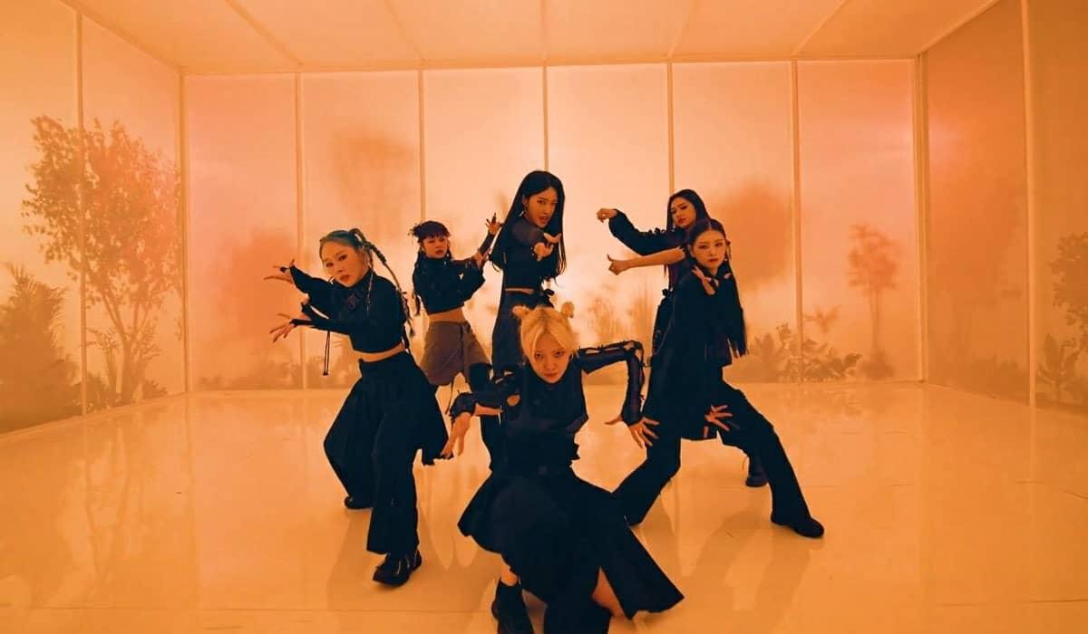 O novo EP do grupo sul-coreano chega quase oito meses após o sucesso de '−77.82x−78.29'