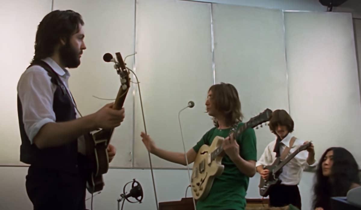 As imagens inéditas gravadas em 1969 por Michael Lindsay-Hogg ilustram a série de três episódios de Peter Jackson