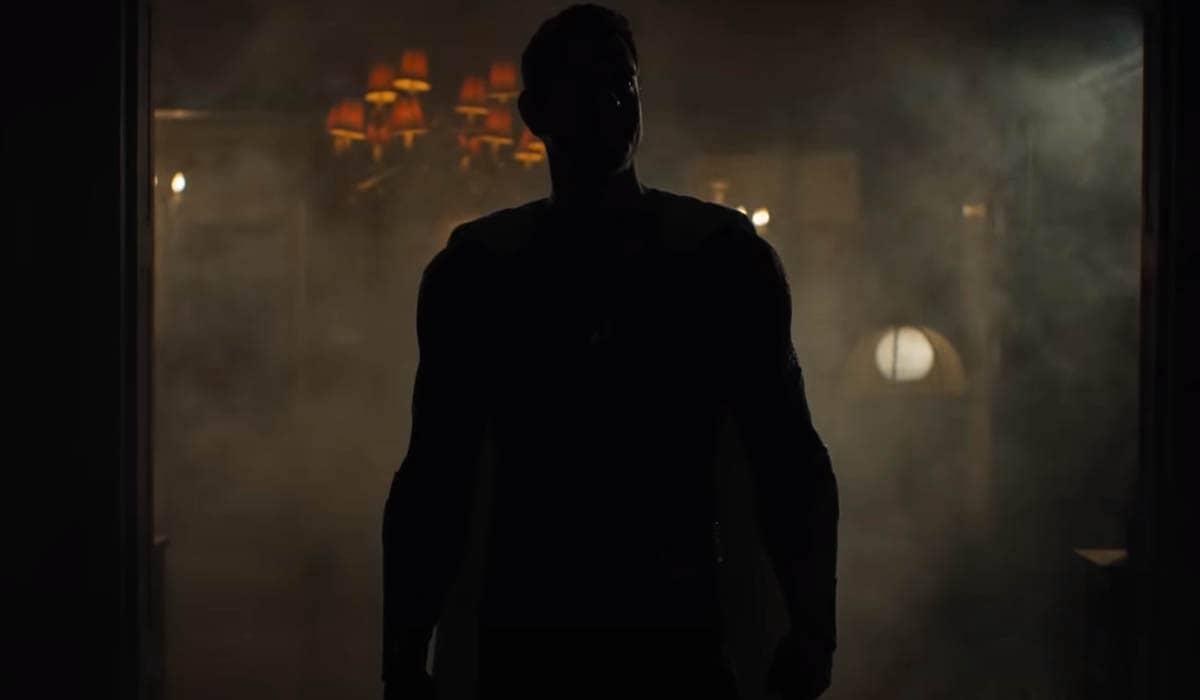 O pequeno vídeo mostra alguns detalhes do novo traje do protagonista, que deverá assumir um visual mais 'elegante' na sequência