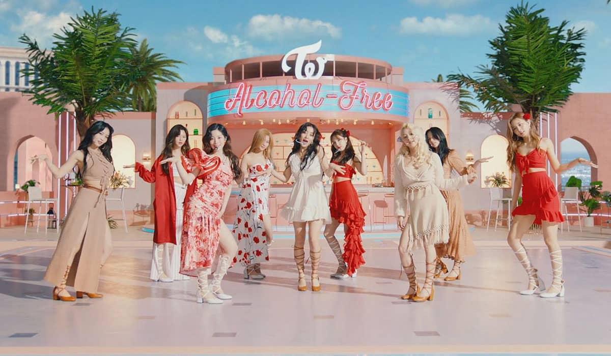 O novo single foi lançado nesta quarta-feira (9), e o videoclipe já ultrapassou 6 milhões de visualizações no YouTube