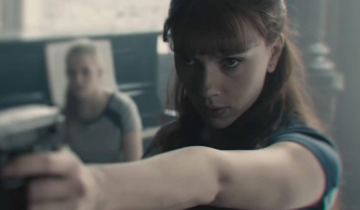 O filme da Marvel estrelado por Scarlett Johansson chega aos cinemas brasileiros nesta quinta-feira (8)