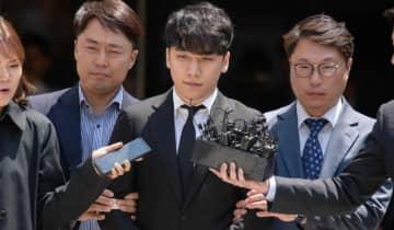 O ex-idol foi condenado a três anos de prisão e pagamento de 1,15 bilhão de won em restituição