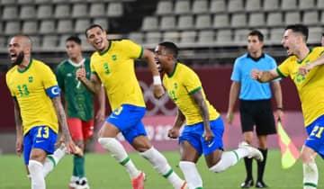 A seleção brasileira esbarrou na ótima defesa do México mas superou os adversários por 4 a 1 nos pênaltis