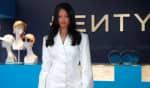 Rihanna se tornou a cantora mais rica do mundo graças ao alto faturamento de sua marca de cosméticos