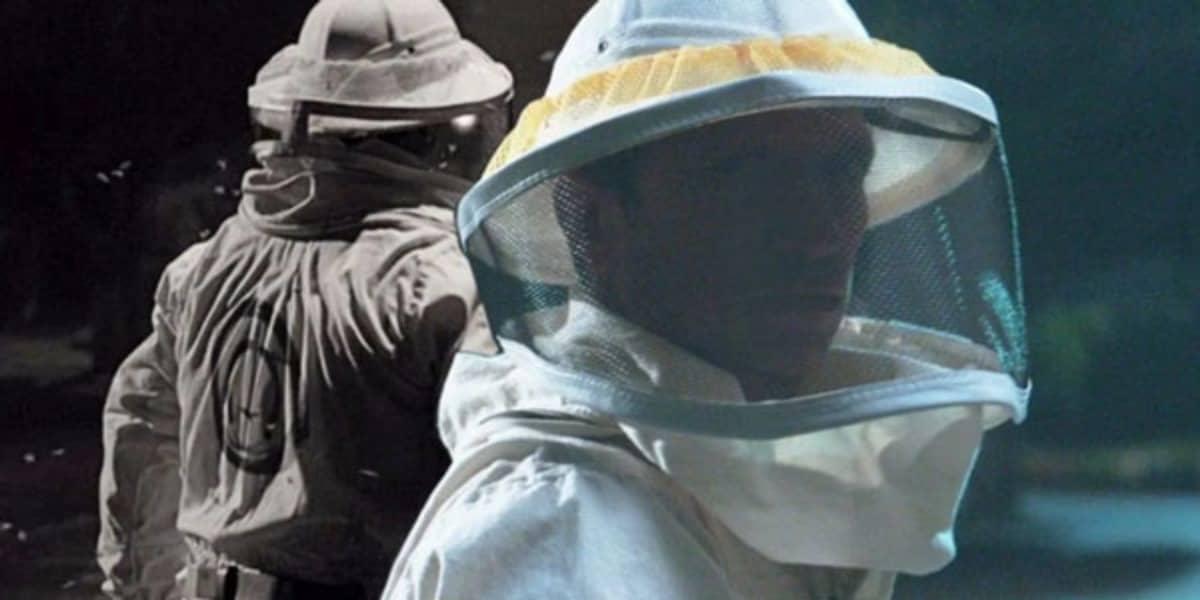 Um apicultor que aparece no final do episódio 2 pode ser comparado aos subordinados da AIM