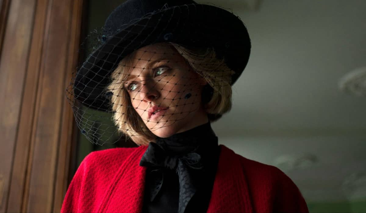Kristen Stewart como Princesa Diana