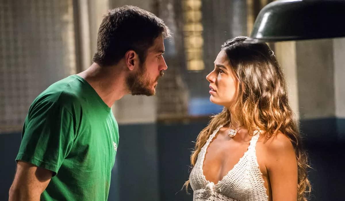 Zeca fica furioso com os pedidos de Rita